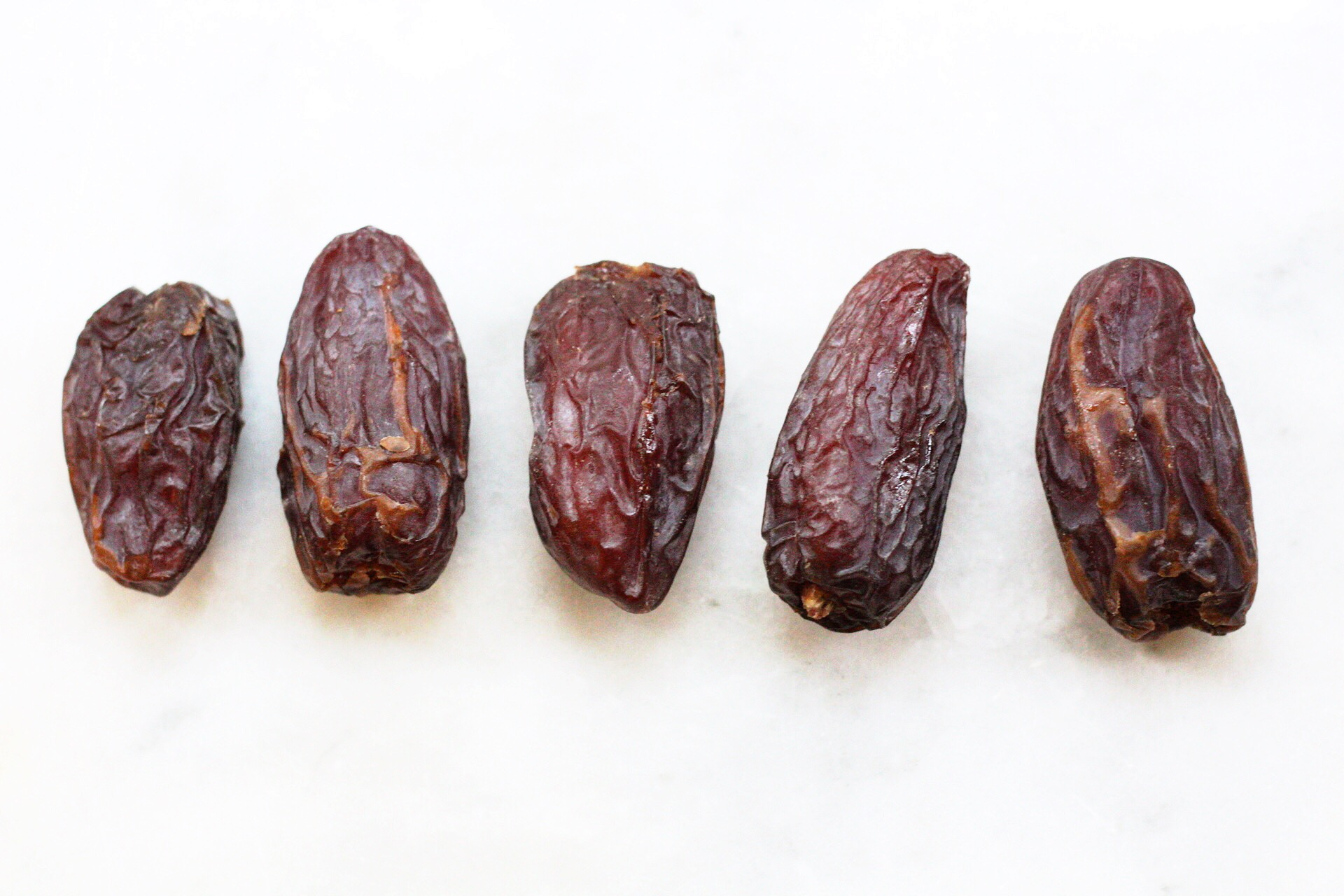 how to use dates instead of sugar