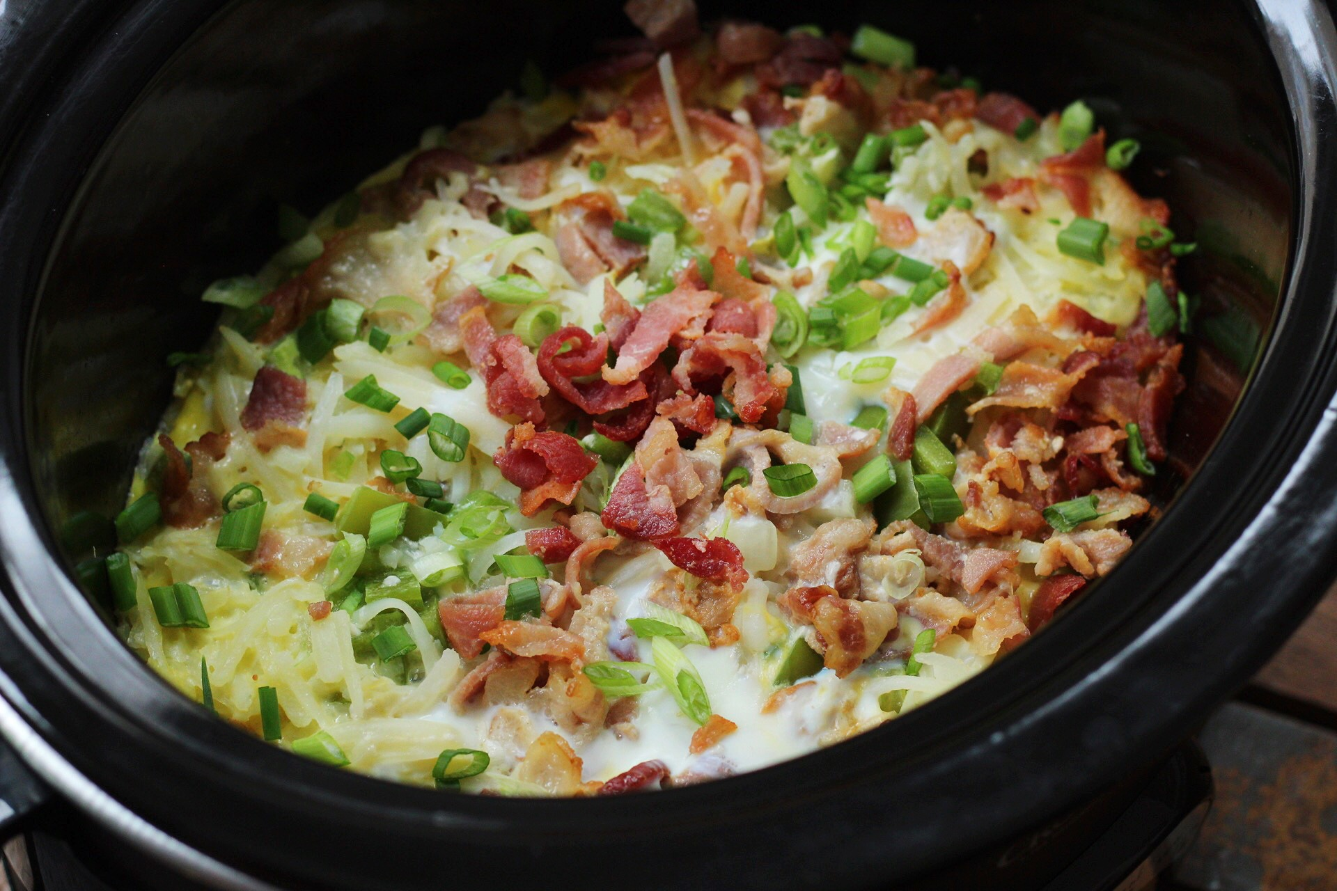 slow cooker bacon, egg and hash brown bake
