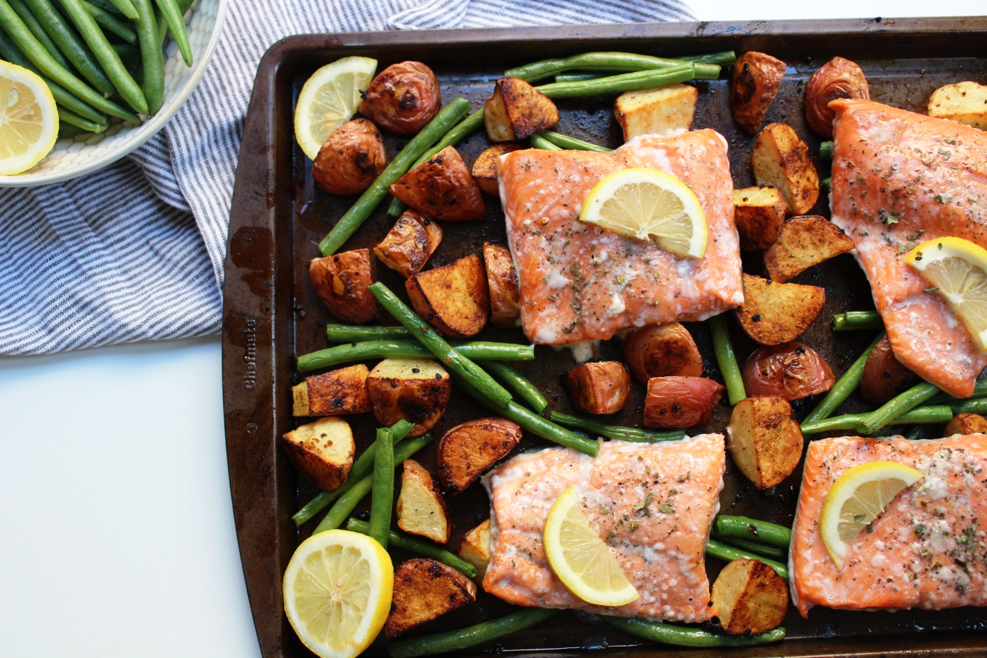 whole30 sheet pan salmon