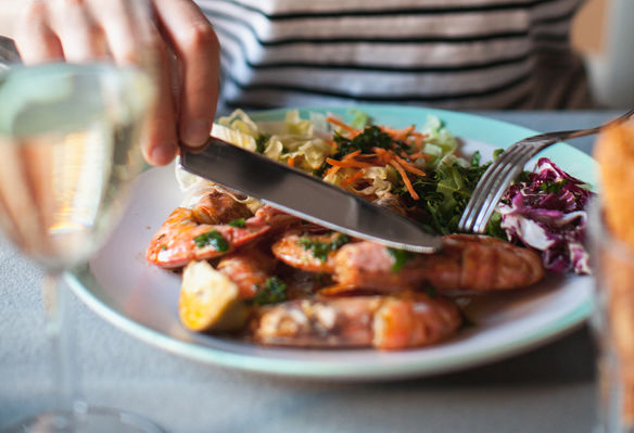 How To Eat Out 8 Tips To Eat Out Whole30 And Paleo At
