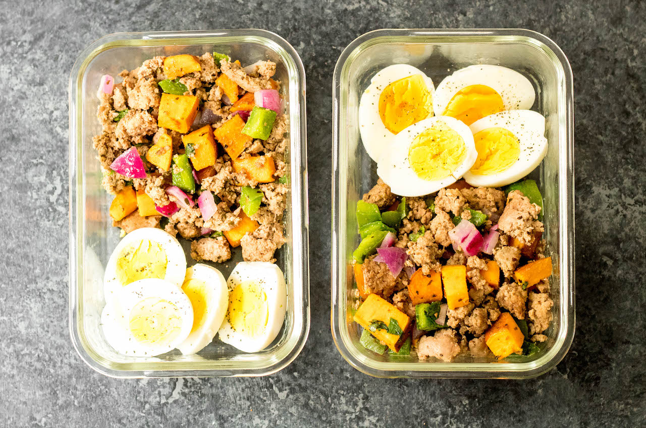 This Whole30 turkey breakfast skillet is a quick and easy, family friendly egg free breakfast. It's perfect for meal prep,  and you can always add an egg to it! It's filling and hearty, and full of flavorful veggies and spices. One pan meals are the way to go for fast meal prepping, and this Whole30 breakfast skillet is the ticket to an easy morning! #whole30breakfast #whole30breakfastskillet #paleobreakfast #whole30turkeyrecipes